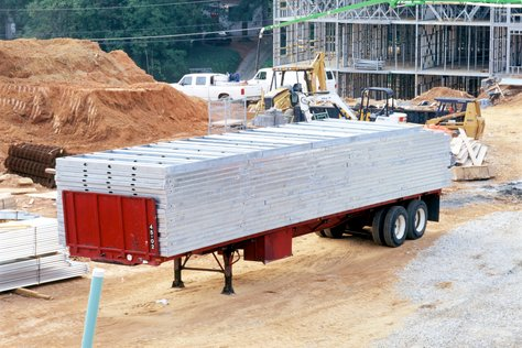 Wall Panels on Dropped Trailer